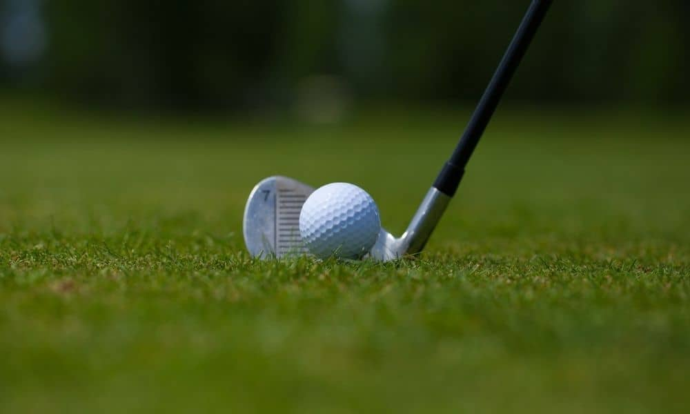A Buying Guide for Mid-Handicap Golf Irons